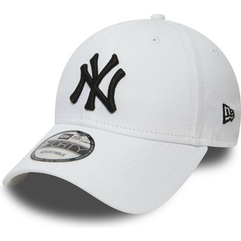 New Era Curved Brim 9FORTY Essential New York Yankees MLB White Adjustable Cap