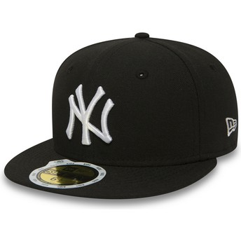 New Era Flat Brim Youth 59FIFTY Essential New York Yankees MLB Black Fitted Cap