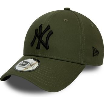 New Era Curved Brim Black Logo 9FORTY League Essential New York Yankees MLB Green Adjustable Cap