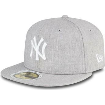 New Era Flat Brim Youth 59FIFTY Essential New York Yankees MLB Grey Fitted Cap