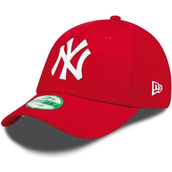 New Era Curved Brim Youth 9FORTY Essential New York Yankees MLB Red Adjustable Cap