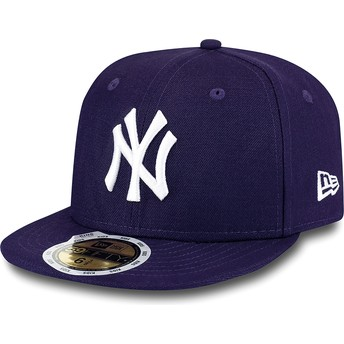 New Era Flat Brim Youth 59FIFTY Essential New York Yankees MLB Purple Fitted Cap